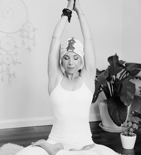 Corona-Brady-doing-kundalini-yoga