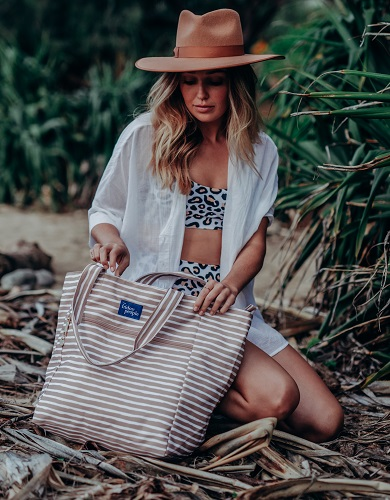 White-Stripes-Beach-Bag
